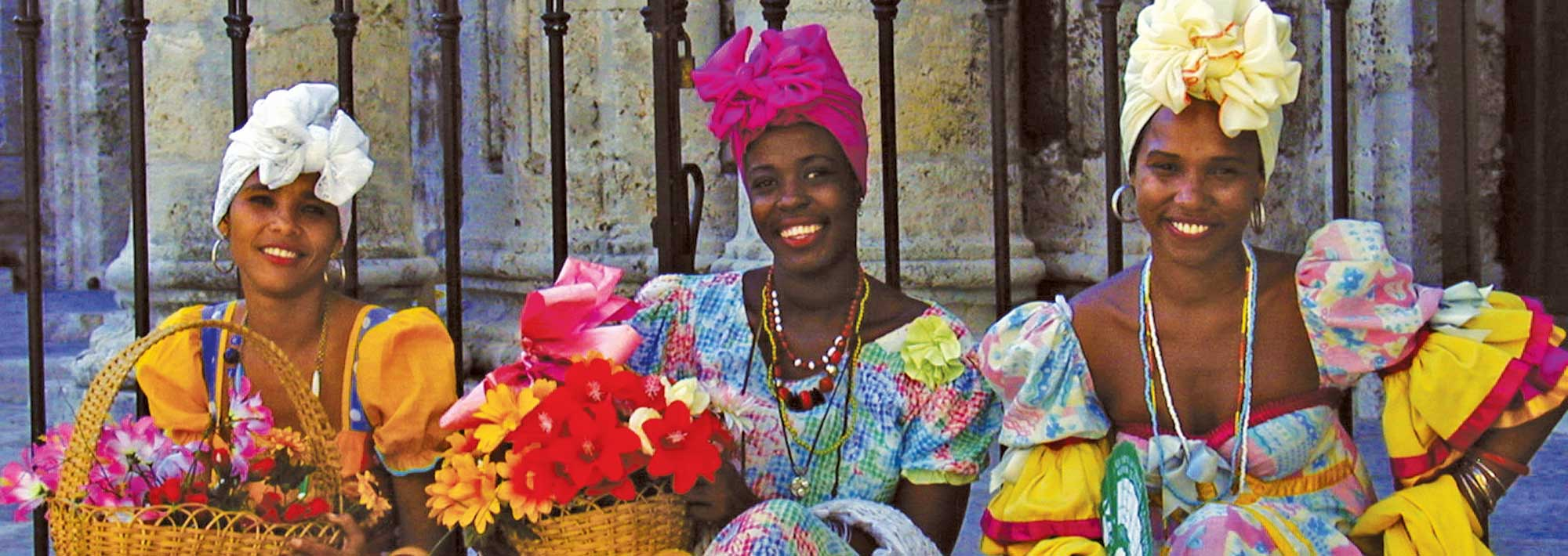 Cuban Women | Jewish Heritage Travel